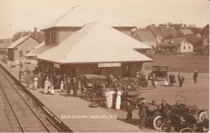 Wolfville Station, Dominion Atlantic Railway, c. 1920. WHS 01.12.14.14